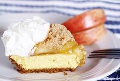 Torta do queijo de creme de Apple Imagens de Stock