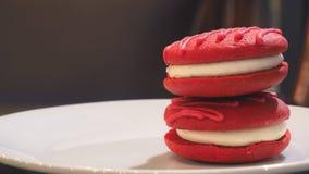 Torta do whoopie de veludo Imagem de Stock