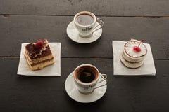 Torta dos café y dos Foto de archivo libre de regalías