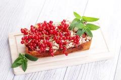 Torta dos corintos vermelhos Imagem de Stock Royalty Free
