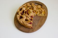 Torta dos pêssegos e das ameixas Fotos de Stock