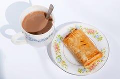 Torta e café fotografia de stock