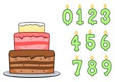 Torta e candele di compleanno Fotografia Stock Libera da Diritti