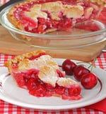 Torta e cerejas da cereja imagem de stock
