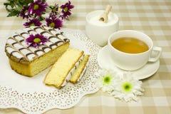 Torta e tè Fotografie Stock