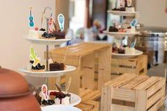 Torta en hotel Fotos de archivo libres de regalías