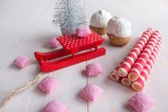 Torta en rosa de los microprocesadores y del caramelo del coco Fotografía de archivo libre de regalías