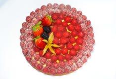 Torta fresca delle fragole di American National Standard dei lamponi Fotografia Stock Libera da Diritti