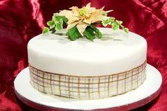 Torta ghiacciata rotonda della frutta Fotografie Stock