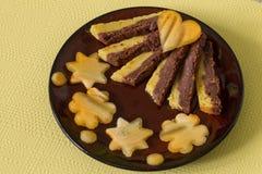 Torta húmeda con la naranja y el chocolate Fotos de archivo libres de regalías