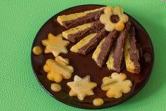 Torta húmeda con la naranja y el chocolate Fotos de archivo