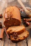 Torta hecha en casa del pan de jengibre foto de archivo