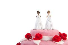Torta nunziale con le coppie lesbiche Fotografie Stock Libere da Diritti