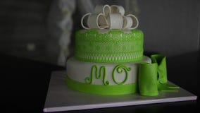 Torta nunziale verde con il ` di Mo del ` di parola video d archivio
