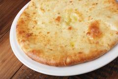Torta osseto com batatas ou carne de carneiro Fotografia de Stock
