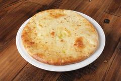 Torta osseto com batatas trituradas Foto de Stock