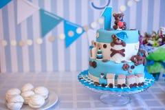 Torta para la celebración del cumpleaños Un año fotos de archivo