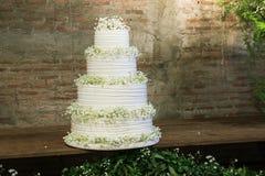 Torta para la ceremonia de boda Fotografía de archivo libre de regalías