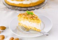 Torta plana con una almendra y un azúcar Foto de archivo
