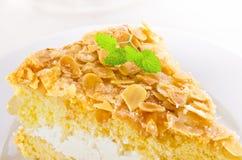 Torta plana con una almendra y un azúcar Fotos de archivo