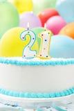 Torta que celebra el 21ro cumpleaños Fotos de archivo libres de regalías