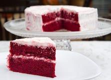 Torta roja del terciopelo Imagen de archivo libre de regalías