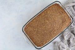 Torta sana hecha en casa de Sugar Free Zero Smart Points con la corteza de la avena y el desmoche griego del yogur imágenes de archivo libres de regalías