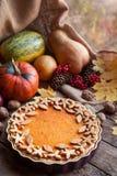 Torta sazonal caseiro da galdéria da abóbora com bonito Imagem de Stock