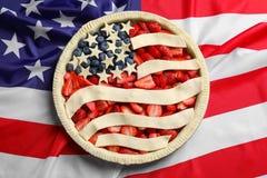 Torta sulla bandiera americana Fotografie Stock Libere da Diritti