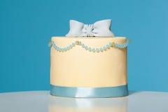 Torta tirada en el estudio Fotografía de archivo