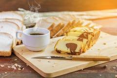 Torta y café de la mantequilla Foto de archivo libre de regalías