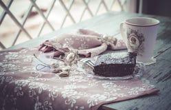 Torta y coffe del brownie imagen de archivo libre de regalías