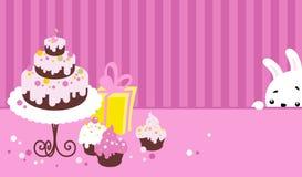 Torta y conejo de cumpleaños Imagen de archivo