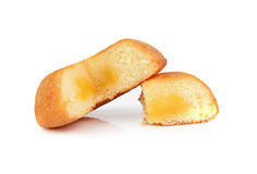 Torta y crema del soplo aisladas en el fondo blanco fotos de archivo