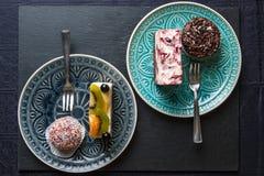 Torta y magdalena Imagen de archivo