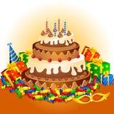 Torta y regalos de cumpleaños Foto de archivo libre de regalías