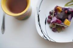 Torta y té de la fruta Imagenes de archivo