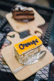 Tortas anaranjadas de la crema batida imagen de archivo