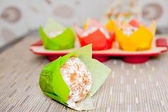 Tortas coloridas de la taza Foto de archivo