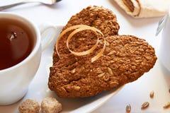 Tortas con té Imagen de archivo libre de regalías