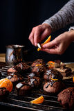 Tortas de chocolate hechas en casa Fotografía de archivo libre de regalías