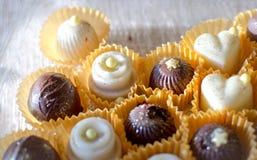 Tortas de chocolate hechas a mano Fotos de archivo