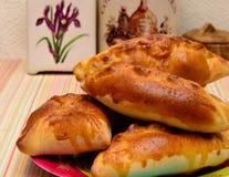 Tortas de maçã caseiros frescas Fotos de Stock Royalty Free