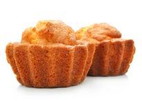 Tortas dulces de los pasteles aisladas en blanco Fotografía de archivo