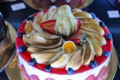 Tortas en una panadería en Menton Fotos de archivo