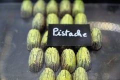Tortas en una panadería en Menton Foto de archivo