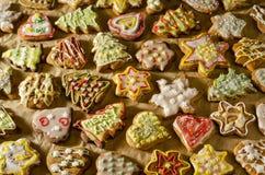 Tortas hechas a mano deliciosas del jengibre foto de archivo