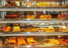 Tortas y pasteles Imágenes de archivo libres de regalías