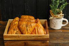 Torte della Provenza, prima colazione deliziosa e pasticcerie fragranti immagini stock