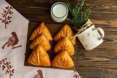 Torte della Provenza, prima colazione deliziosa e pasticcerie fragranti immagini stock libere da diritti